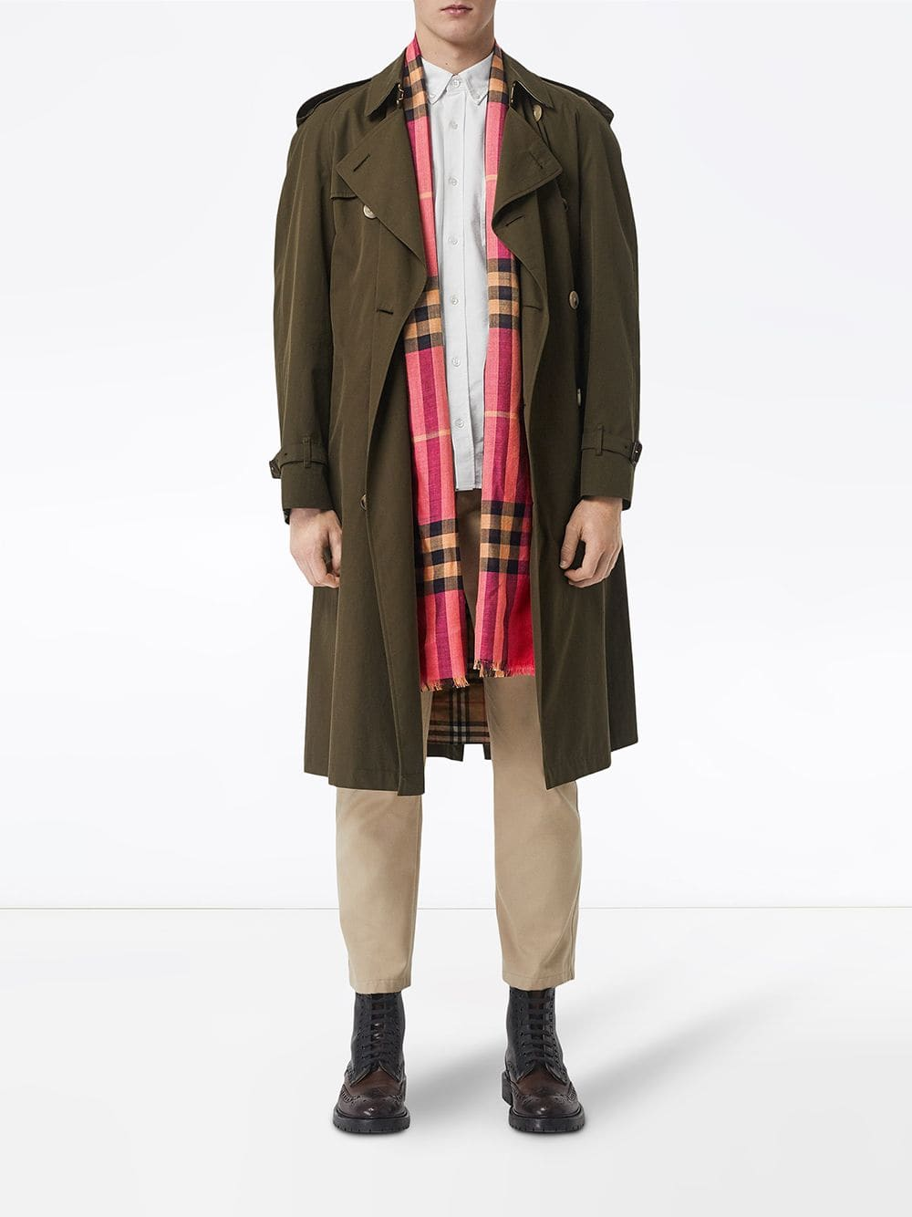 Picture of Burberry | Lightweight Check Scarf