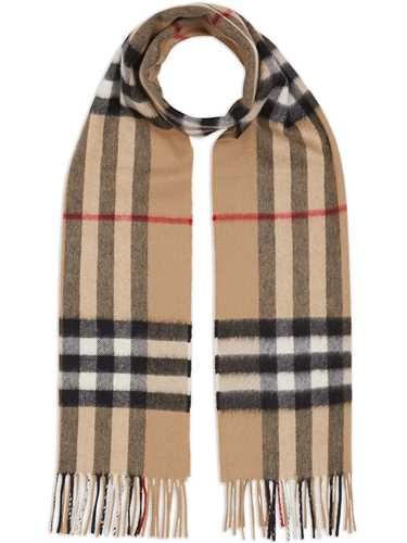 Picture of Burberry | Giant Check