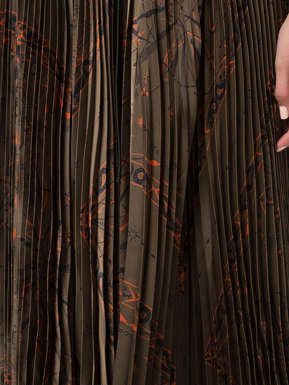 Picture of Sacai | Abstract Print Pleated Skirt