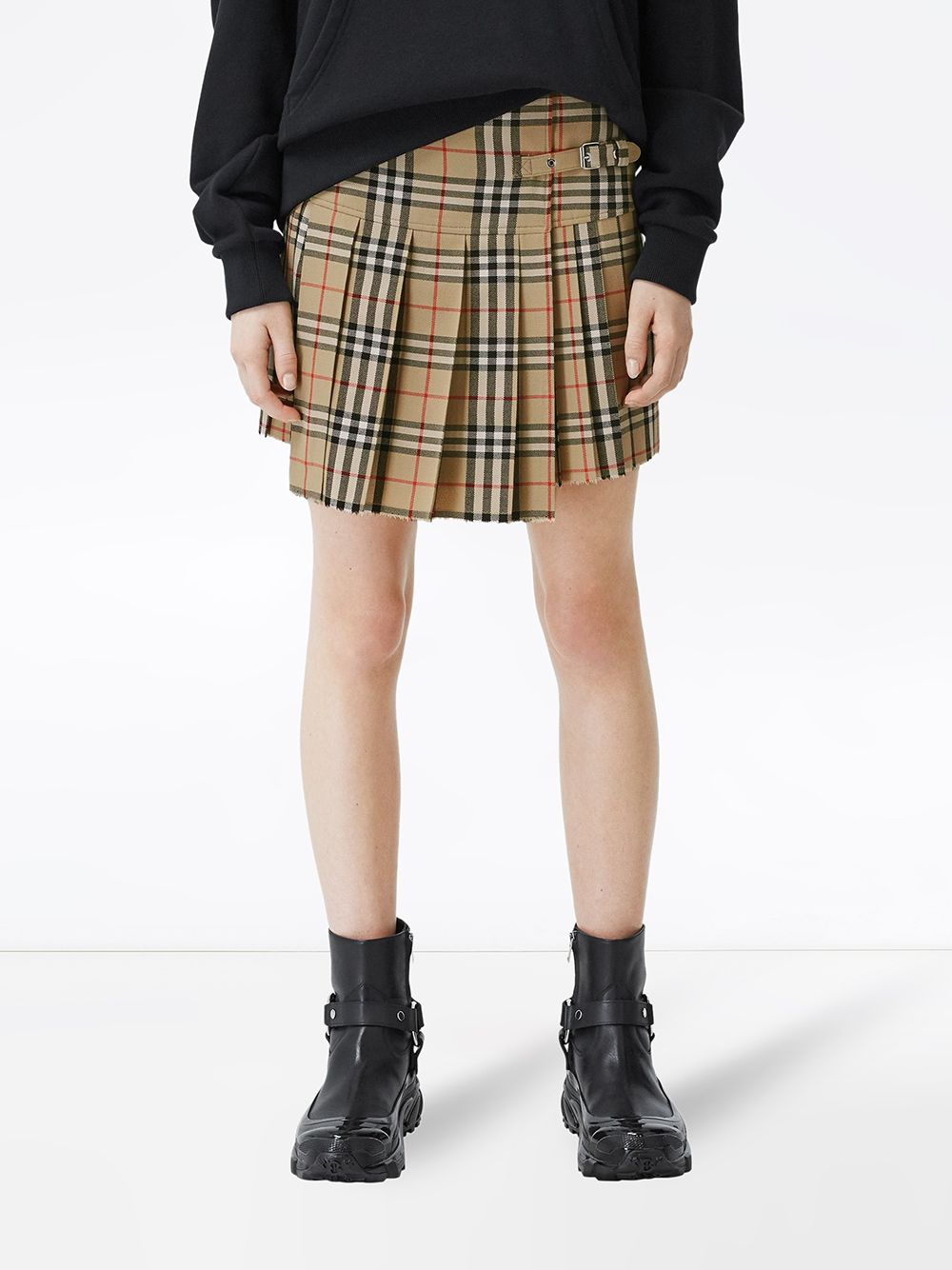 Picture of Burberry | Vintage Check Print Pleated Skirt