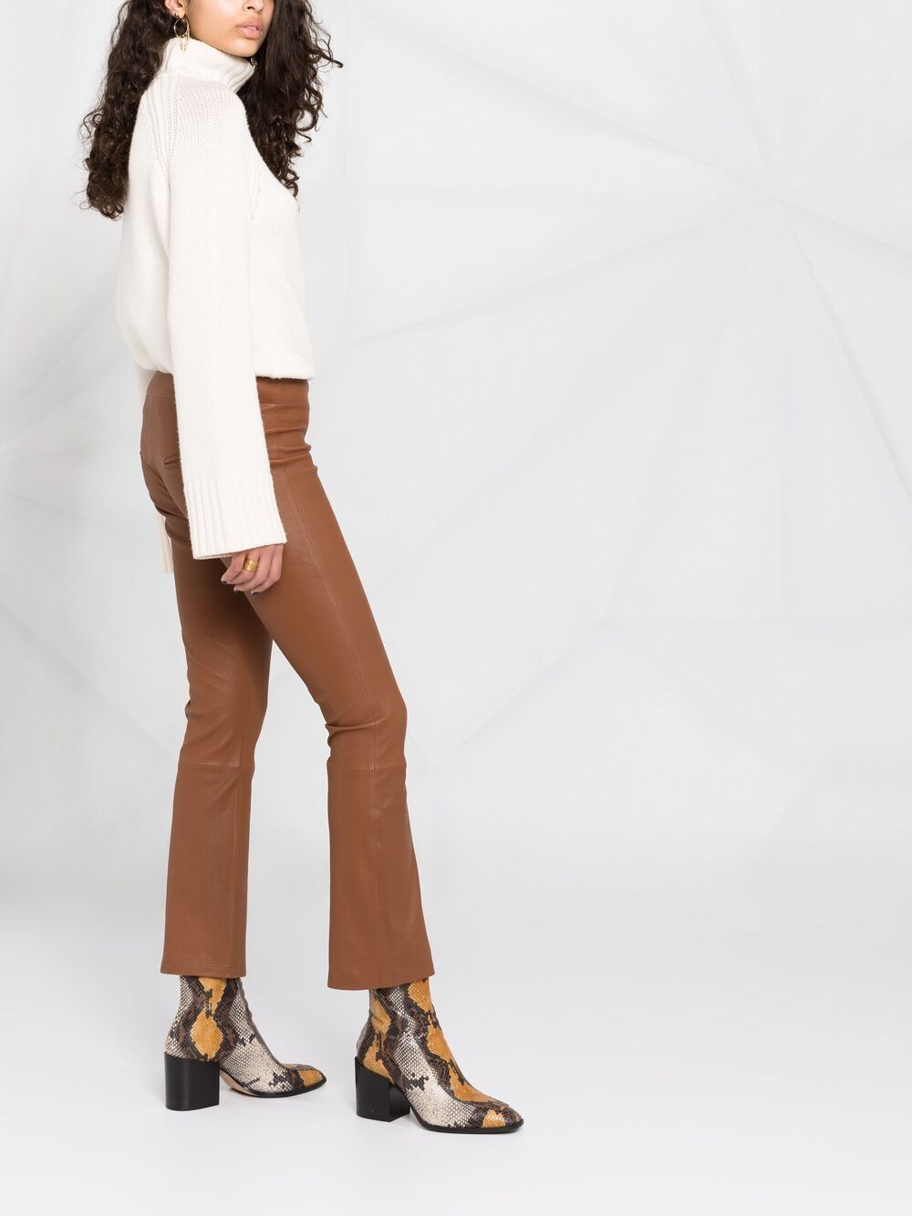 Picture of Arma | Lambskin Flared Trousers