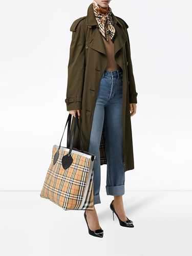 Picture of Burberry | The Giant Reversible Tote