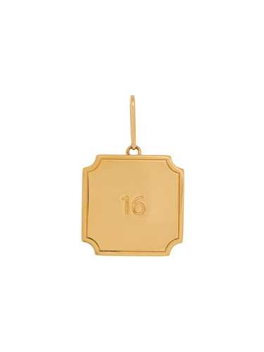Picture of Celine | 16 Plate Pendant