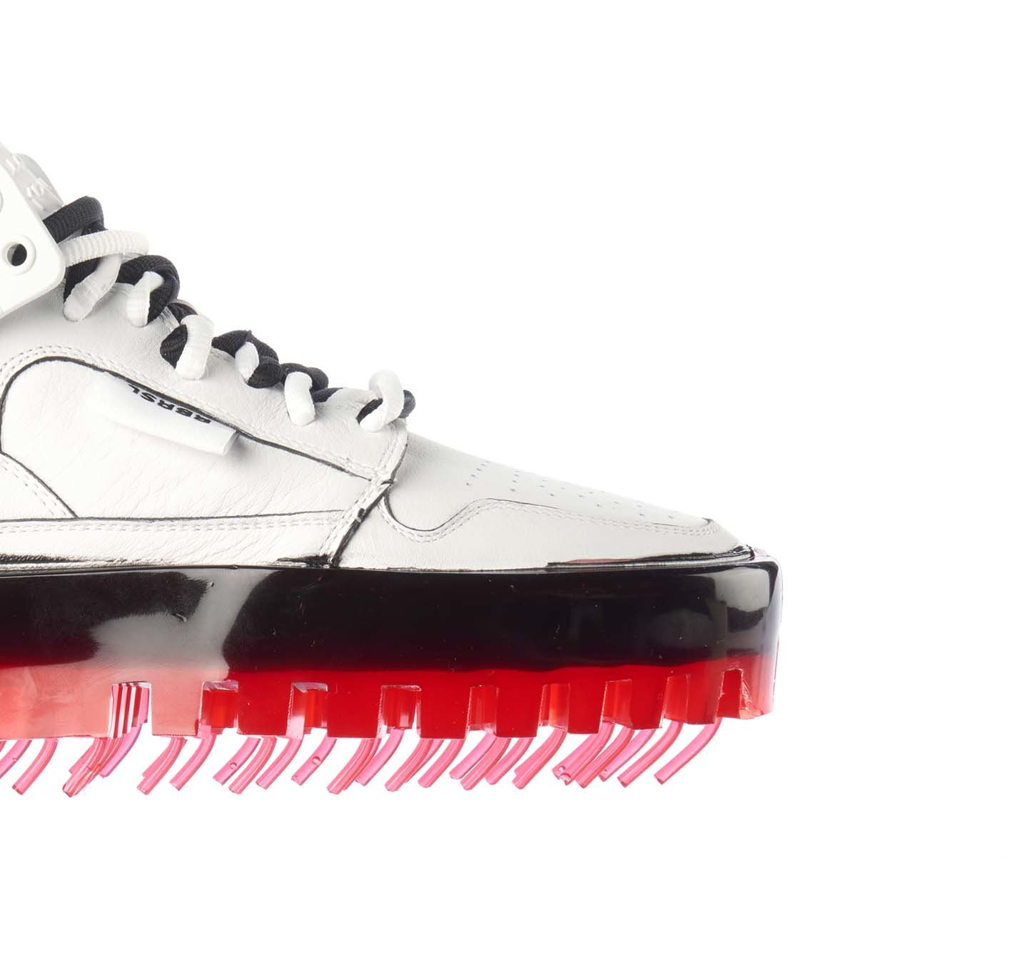 Picture of Rbrsl   Bold Shoes In White Drip-Effect