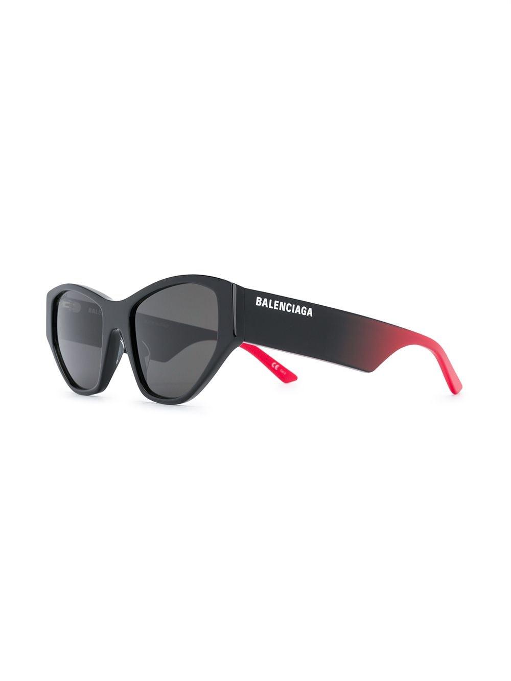 Picture of Balenciaga   Contrast Cat Sunglasses
