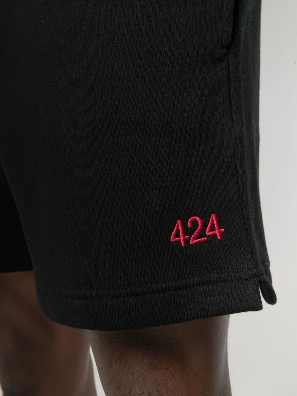 Picture of 424 | Logo-Embroidered Deck Shorts