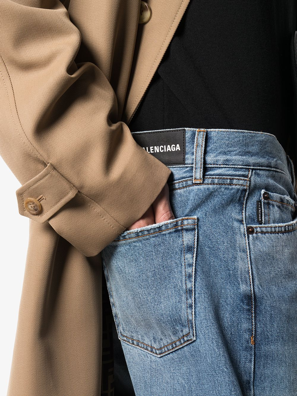 Picture of Balenciaga | Cropped Straight-Leg Jeans