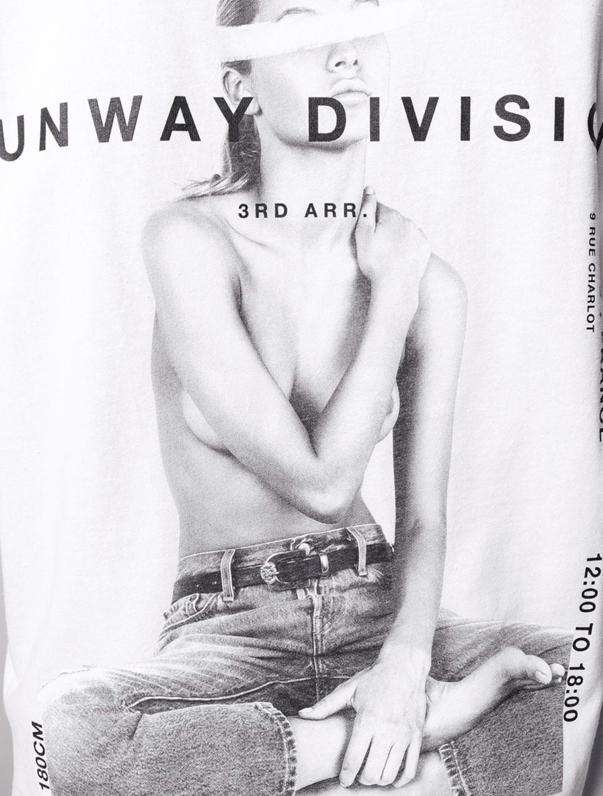 Picture of Ih Nom Uh Nit   Runway Division Print T-Shirt